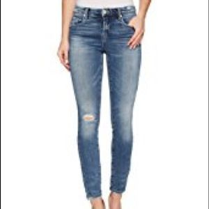 Blank Nyc intro distressed jeans